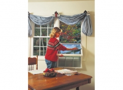 Lady-Cleaning-Double-Hung